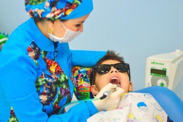 Poskromienie dentysty, czyli jak pokonać strach u kilkulatka.