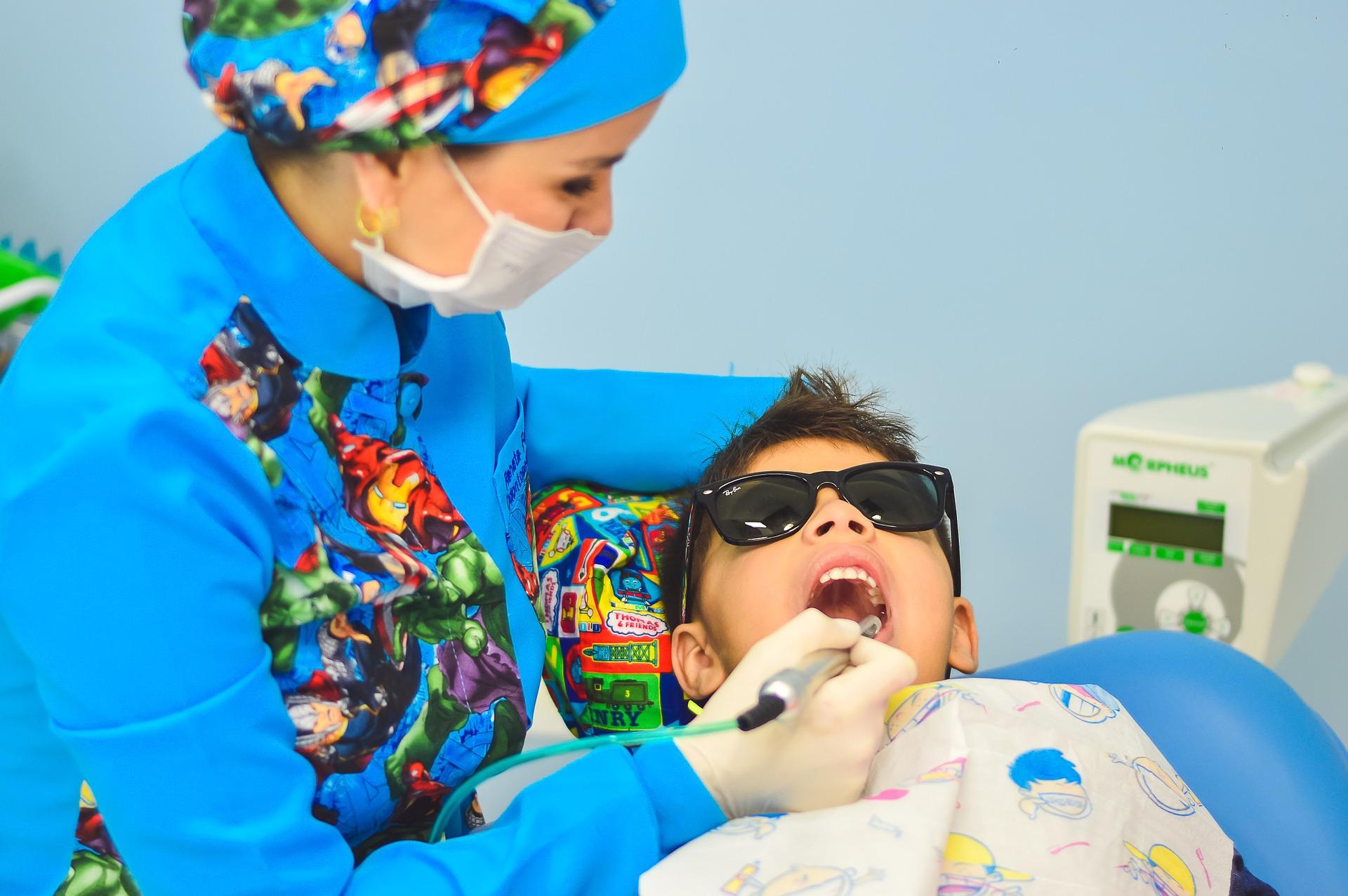 Poskromienie dentysty, czyli jak pokonać strach ukilkulatka.